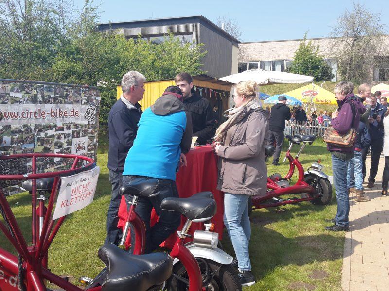 1. Mai Circle - Bike