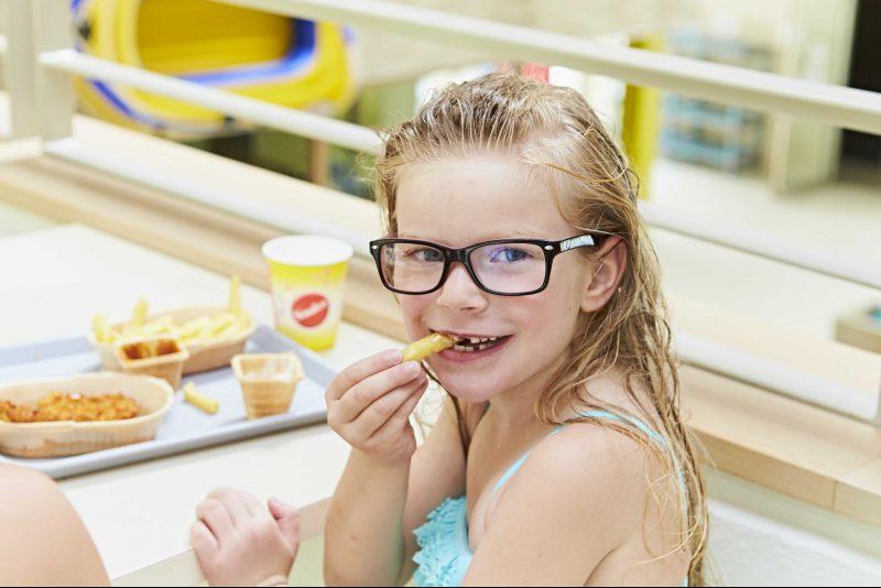 Kind beim Essen Gastronomie Badepak Bentheim